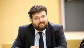 Βασιλειάδης: «Ο προκάτοχός μου κι εγώ προσπαθήσαμε να σπάσουμε το απόστημα της διαφθοράς»