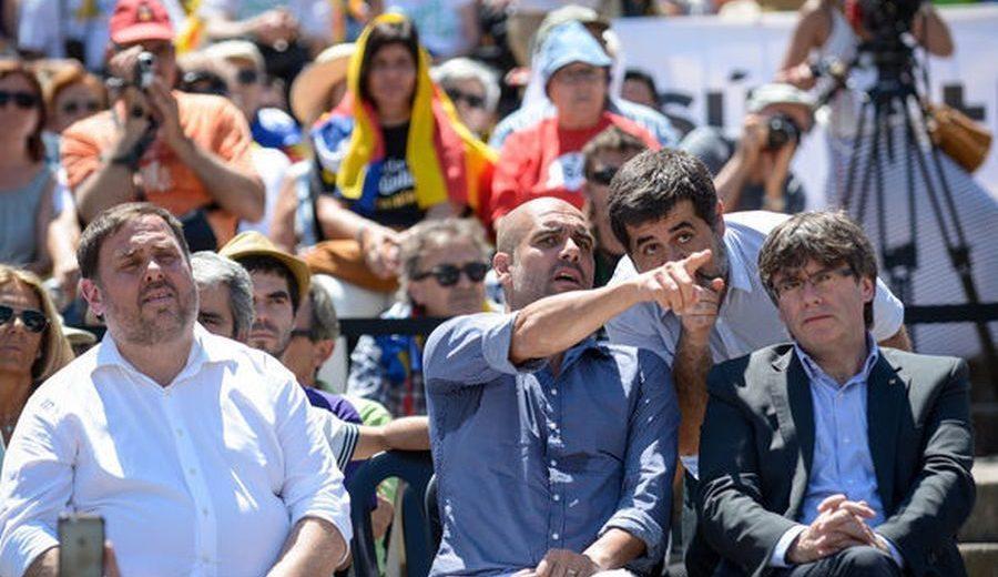 Κίνδυνος στην Ισπανία για τον Γκουαρντιόλα που φέρεται να έχει καταγραφεί για «εξέγερση»