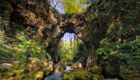 Κατέρρευσε το Θεογέφυρο, το τελευταίο πέτρινο τοξωτό γεφύρι της Ελλάδας (εικόνες)
