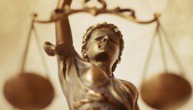 Έσκασε η «φούσκα» της Κάρτας Υγείας! Απαλλάσσονται ήδη από τον εισαγγελέα οι 13 από τους 22 κατηγορούμενους παράγοντες!