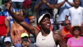 Στον τελικό του WTA Finals Σβιτόλινα και Στέφενς