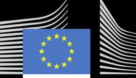 'Εφοδος τη ΕΕ σε εταιρείες με τηλεοπτικά δικαιώματα για πιθανή δημιουργία καρτέλ