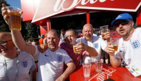 Η μπίρα ρέει... άφθονη για τους φιλάθλους