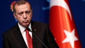 Ο Ερντογάν παγώνει τα περιουσιακά στοιχεία Αμερικανών υπουργών
