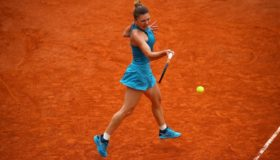 Νοκ-άουτ από το WTA Finals η Σιμόνα Χάλεπ