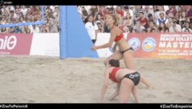 Βόλεϊ στην άμμο και εκπλήξεις στην... πλατεία Αριστοτέλους (video)