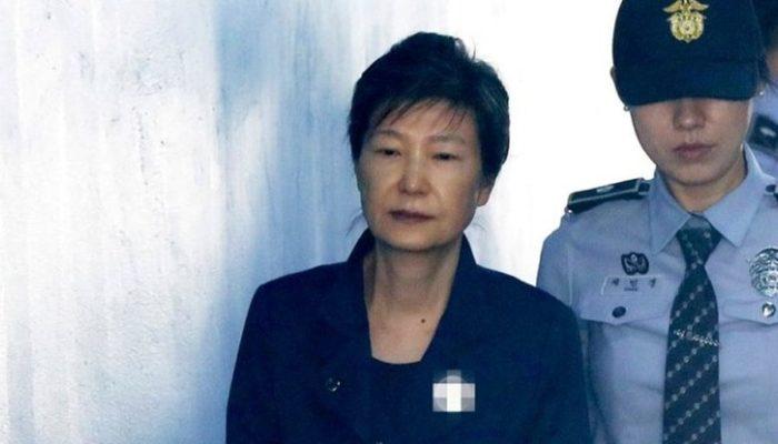 Οκταετή κάθειρξη στη πρώην πρόεδρο της Νότιας Κορέας για υπόθεση διαφθοράς