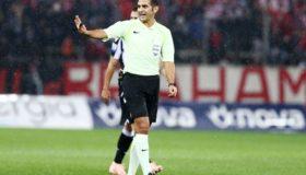 Ο Φενταγί έβαλε τα γυαλιά στους Έλληνες διαιτητές