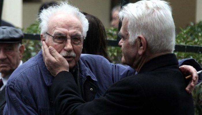 Πέθανε ο ηθοποιός Τρύφων Καρατζάς...