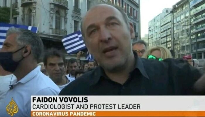 Οι μεγάλες συγκεντρώσεις των Ελλήνων μεταδίδονται εκτενώς στα διεθνή ΜΜΕ (εικόνες)
